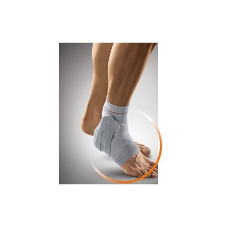 Cavigliera elastica FIBULO TAPE con supporti malleolari in silicone e bendaggio funzionale.